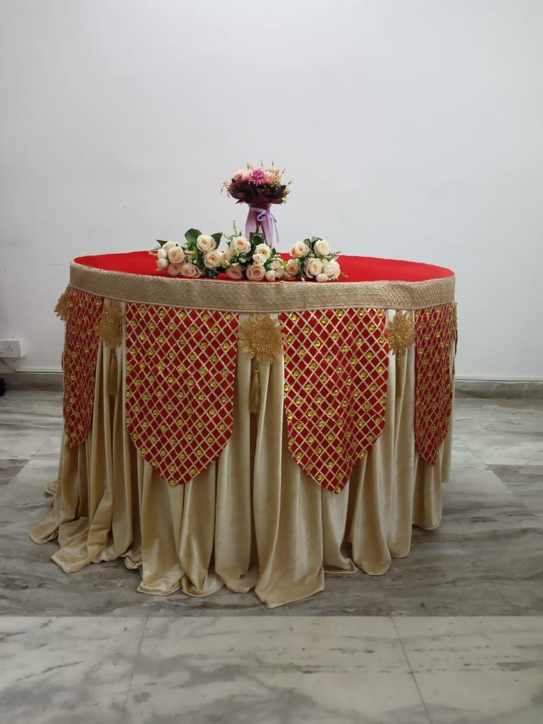 Red gota fabric and velvet overlay with amul velvet underlay